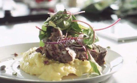 Avienos čiopsai su polenta ir mėtomis