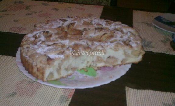 Ingridos obuolių pyragas