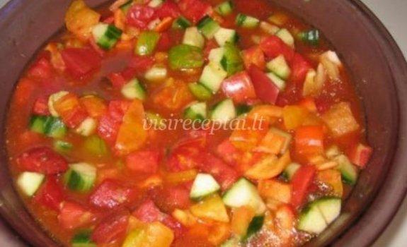 Šalta daržovių sriuba
