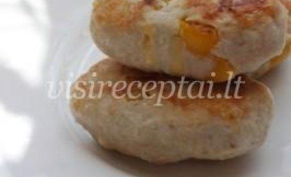 Vištienos kotletai su paprika ir sūriu