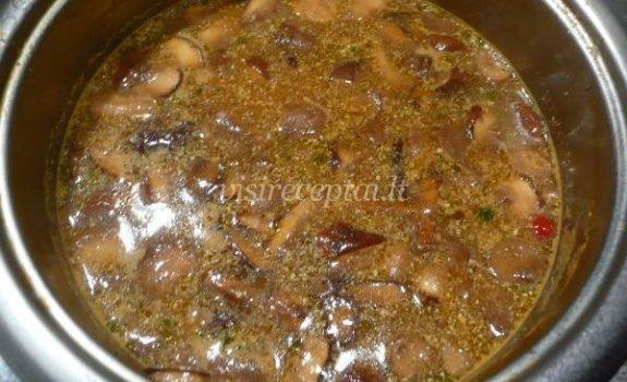 Baravykų sriuba