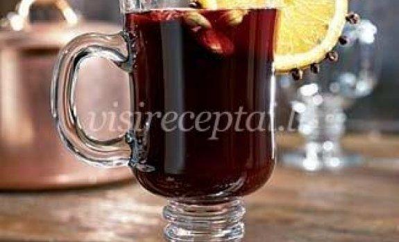 Karštas raudonas vynas – nuo visų ligų