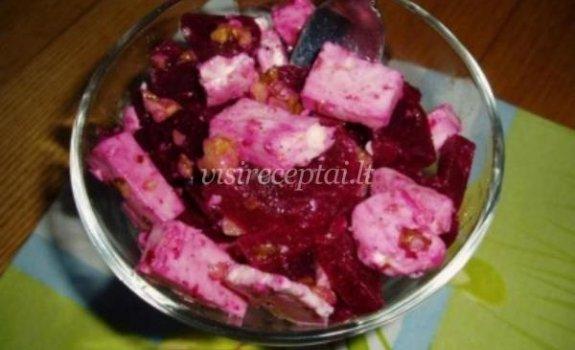 Burokėlių salotos su feta sūriu
