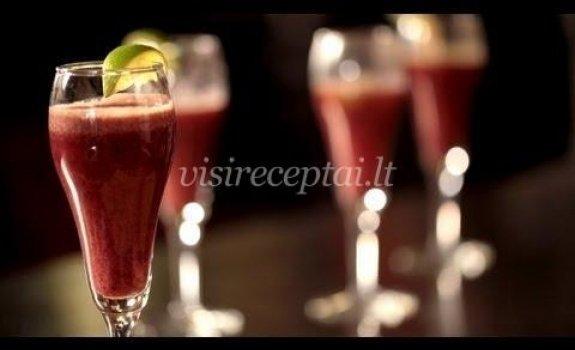 Avietinis putojantis vynas