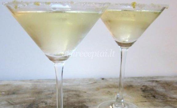 Putojančio vyno ir alaus kokteilis