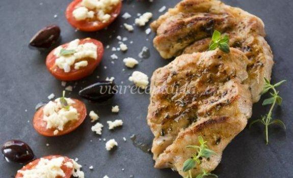 Kiauliena su keptais pomidorais