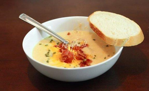 Kreminė  bulvių sriubytė