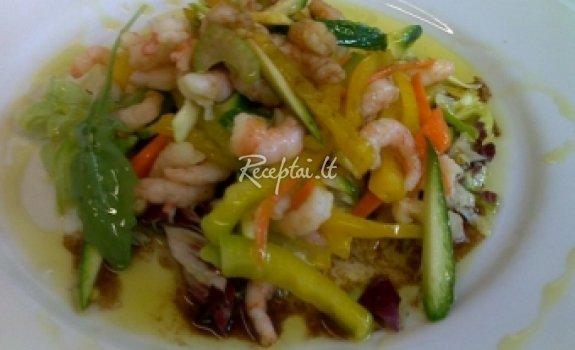 Keptos krevečių salotos