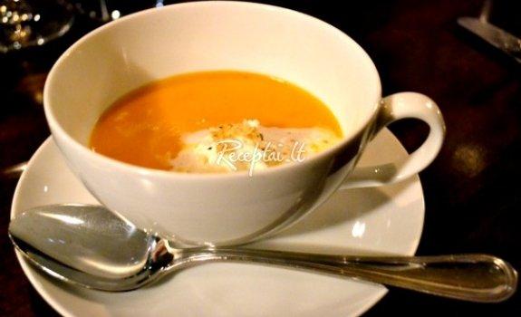 Obuolių sriuba