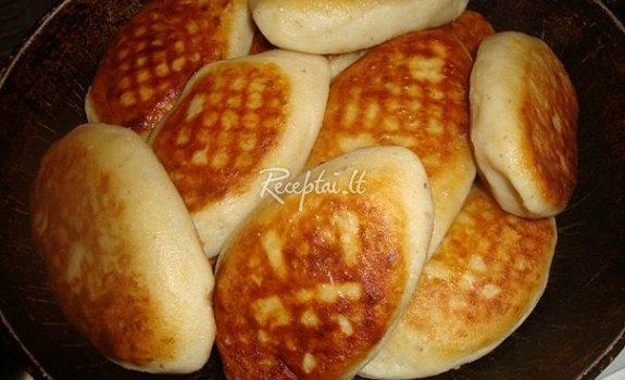 Bulvių pyragėliai su mėsa