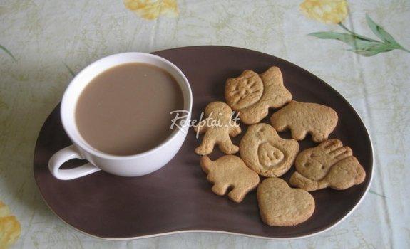 Sausainiai su muskato riešutu