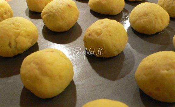 Įdaryti bulvių kukuliai
