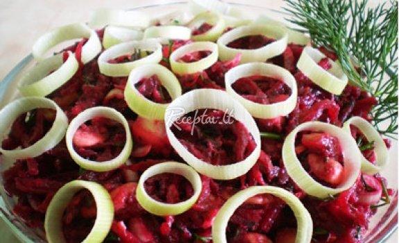 Burokėlių salotos su porais