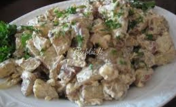 Bulvių mišrainė su fermentiniu sūriu
