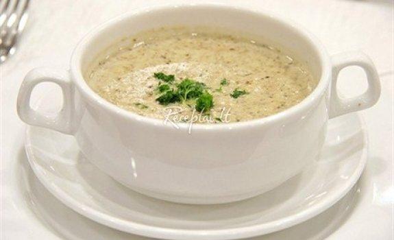 Morkų sriuba su pelėsiniu sūriu