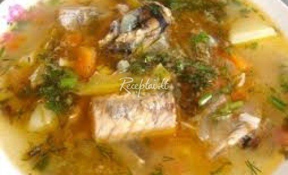 Žuvienė iš konservų