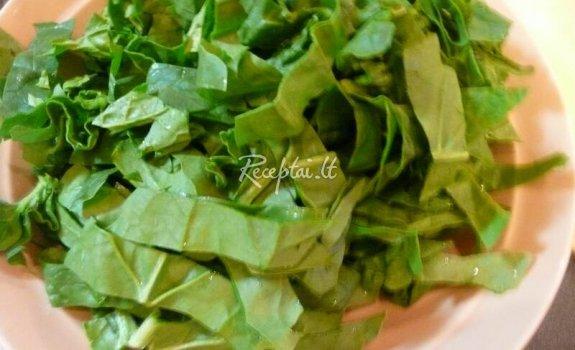 Gomaae špinatų salotos