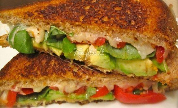 Kepti sumuštiniai su avokadu