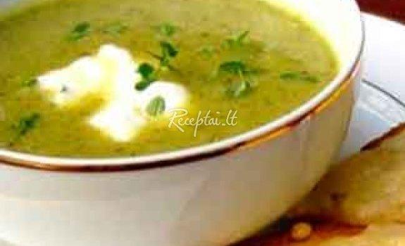 Olandiška salierų sriuba