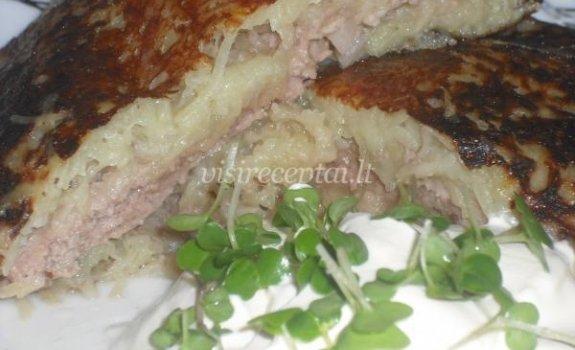 Bulviniai blynai su mėsa
