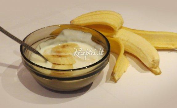 Naminis natūralus jogurtas