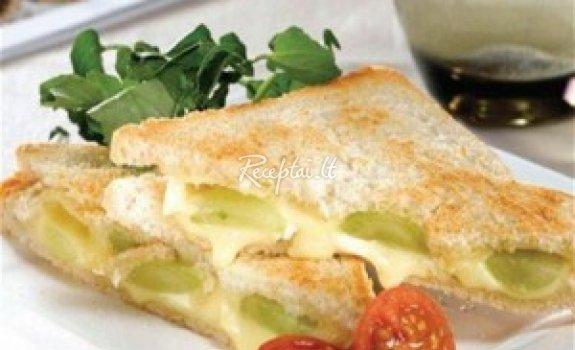 Kepti sumuštiniai su sūriu