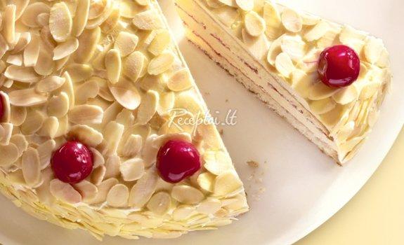 Kreminis tortas su vyšniomis