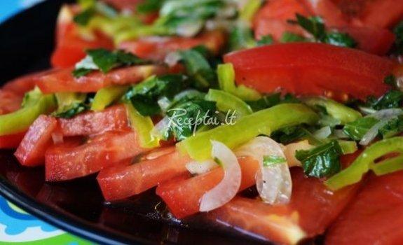 Skaniosios daržovių salotos su mėtomis