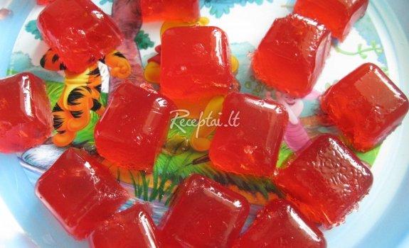 Braškių želės saldainiai