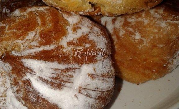 Plikyti pyragaičiai