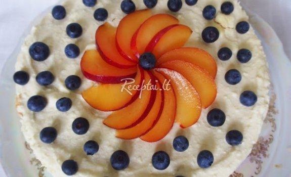 Sausainų tortas